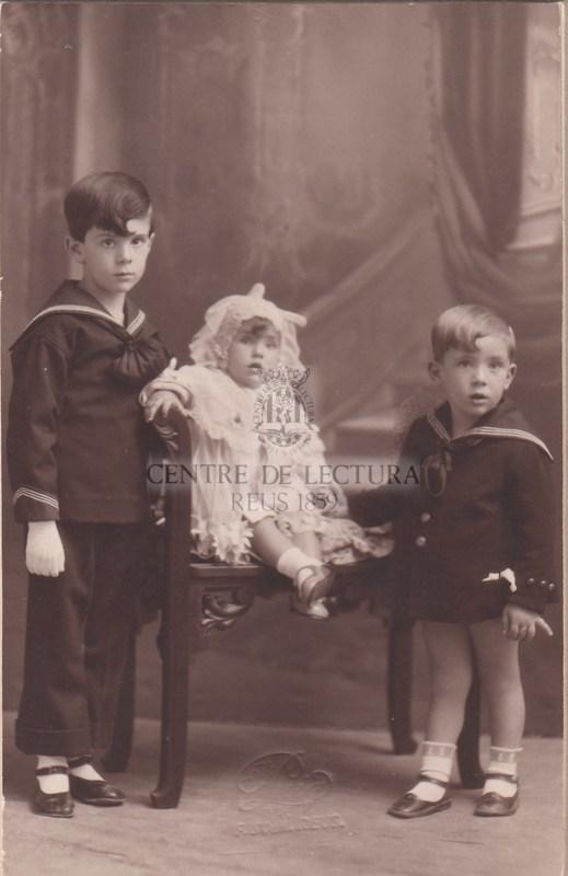 Fotografia dels germans Ferrater de petits