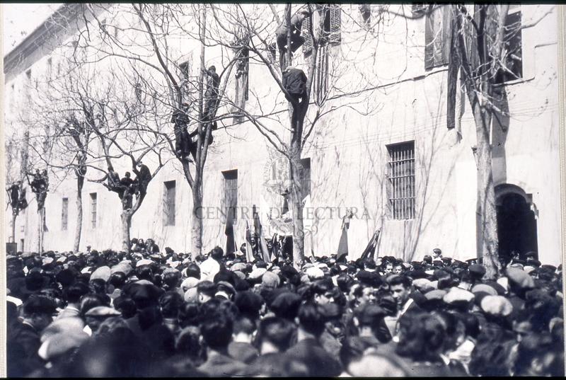 Manifestació popular de suport a la República
