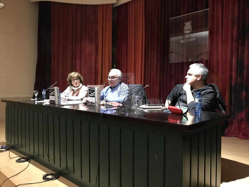 """Presentació del llibre """"L'incendiari de mots"""" de JoanSalvat-Papasseit a càrrec de Mei Vidal, Ferran Aisa i Jordi Martí Font"""