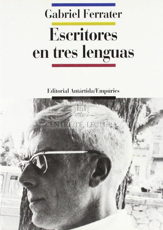 Escritores en tres lenguas