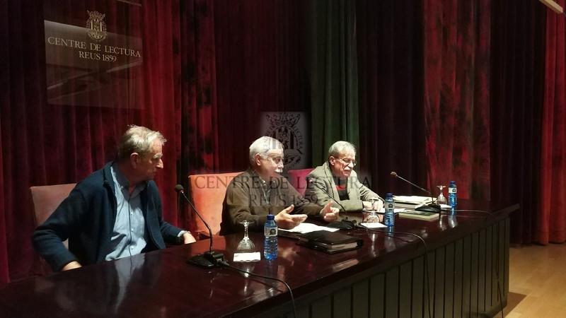 """Presentació del llibre """"Crec recordar. Memòries"""" de Joan Estruch, a càrrec de Josep Murgades"""