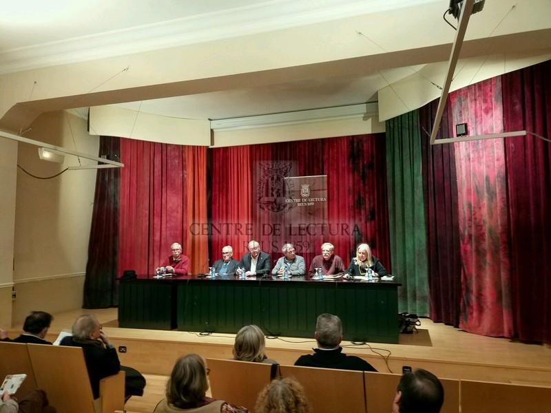 """Presentació del llibre """"Cristians, tanmateix"""" de Josep Gil Ribas, a càrrec de Josep Murgades i Josep Roig"""