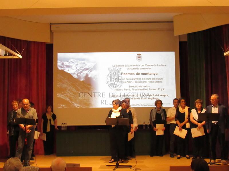 Recital de poesies de Muntanya a càrrec dels alumnes del Taller de Lectura en Veu Alta