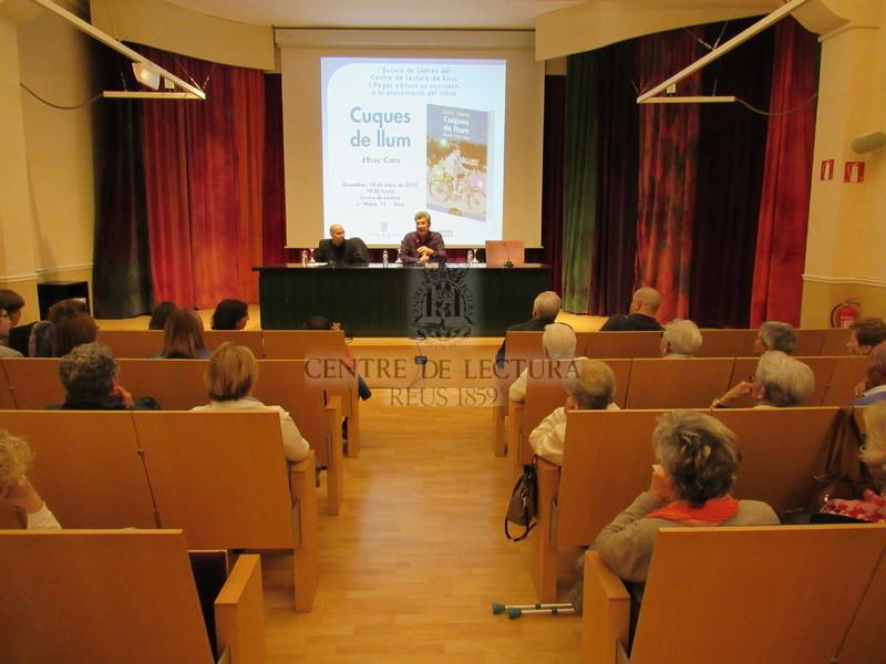 Presentació del llibre: Cuques de llum. Retalls d'una vida, d'Enric Curto