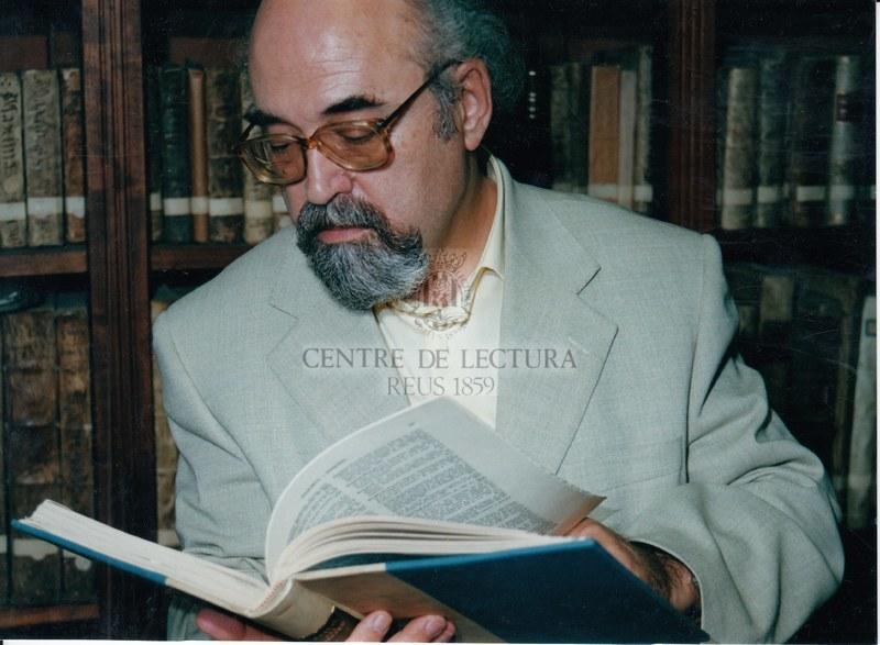 Informatització i biblioteca sota la direcció de Ramon Oteo.