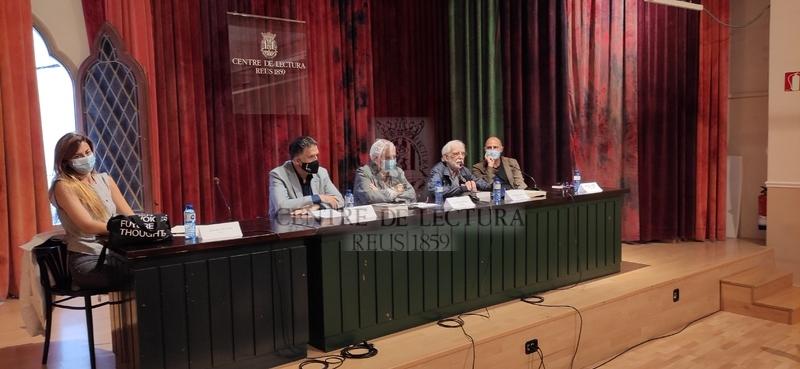 """Presentació del llibre """"Tosquelles. Curar les institucions"""" de Joana Masó"""